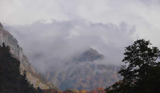 海谷渓谷の紅葉